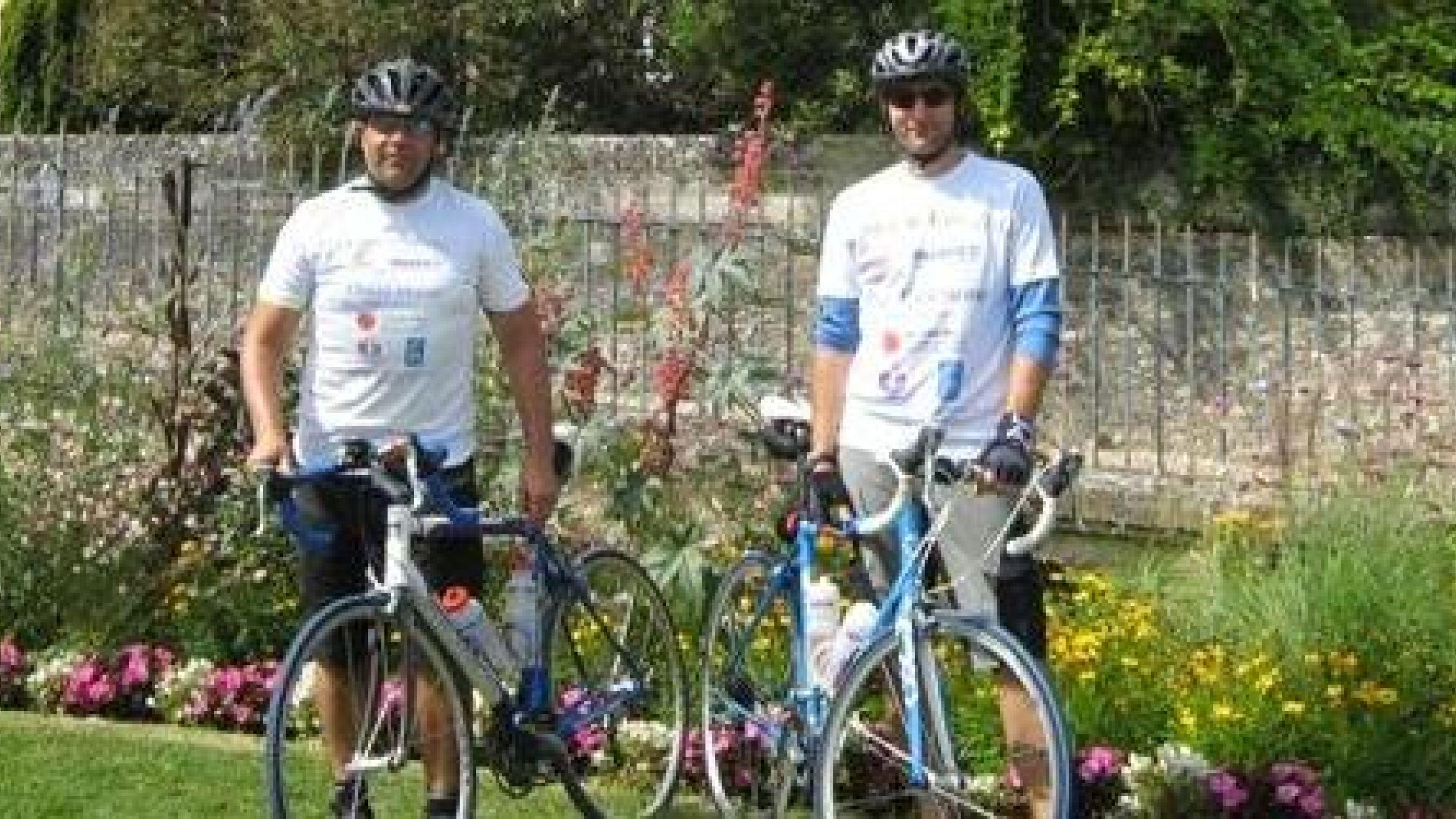 Parafix staff in Brighton to Paris cycle challenge